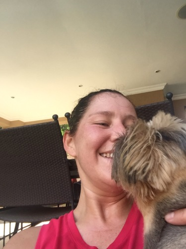 dog kissing runner